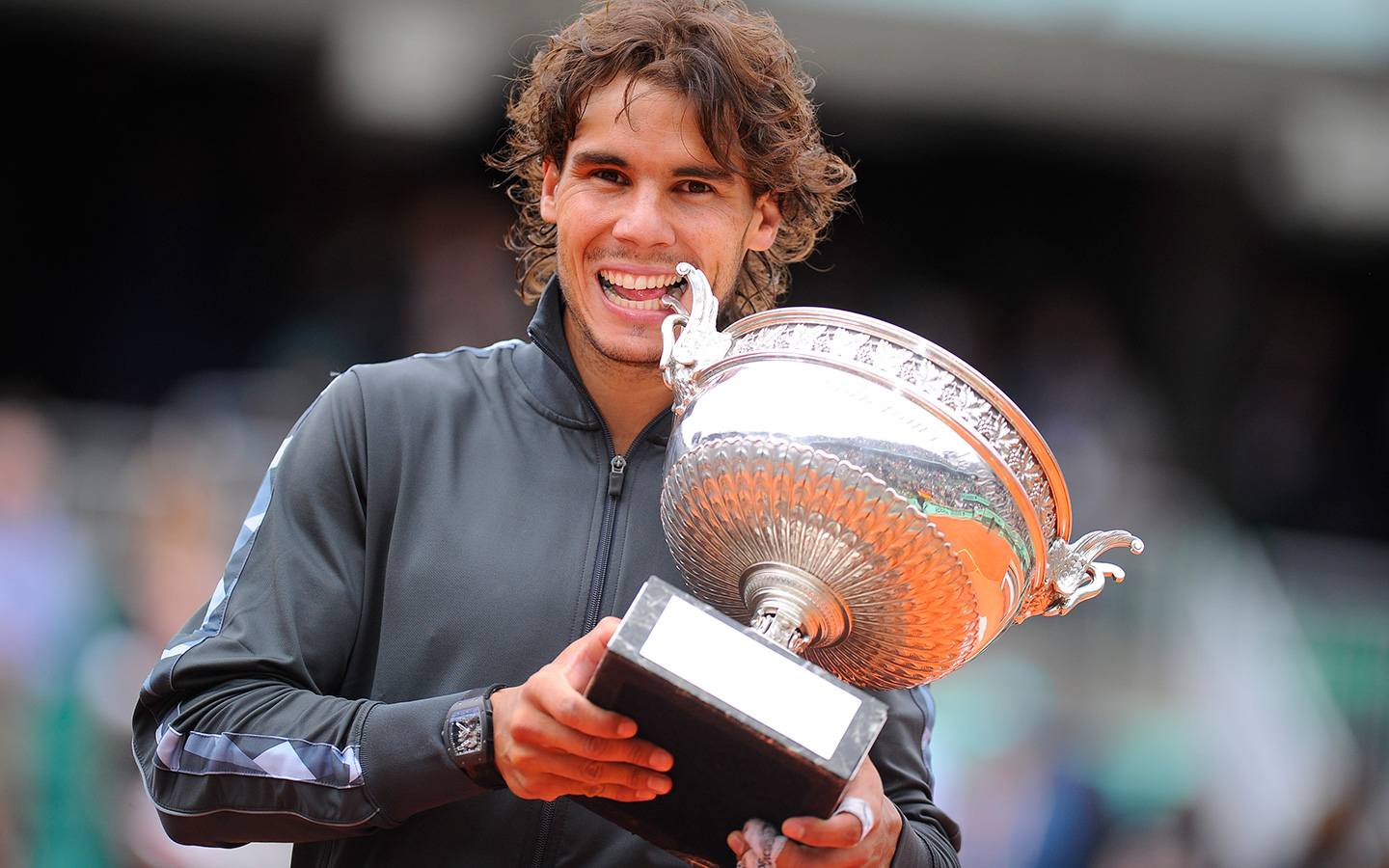 rafael nadal 39 s tryst with roland garros. Black Bedroom Furniture Sets. Home Design Ideas