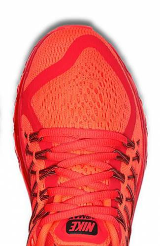 Engineered Mesh Upper with Flywire