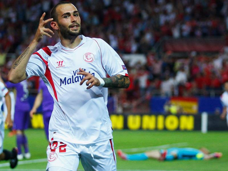 Barcelona sign wing back aleix vidal from sevilla for Ban ban sevilla