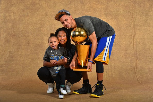 1641ab64e24d Stephen Curry s wife Ayesha gives birth to baby daughter