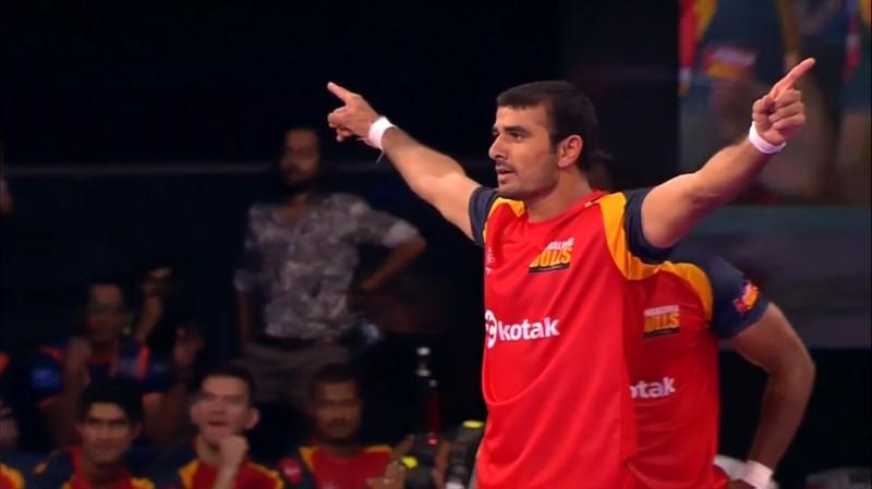 Pro Kabaddi: Ajay Thakur shines in convincing 33-25 Bengaluru Bulls win over Bengal Warriors