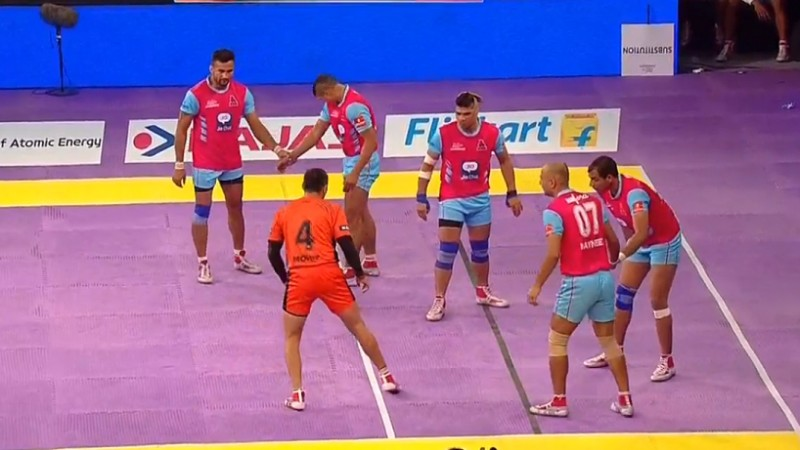 U Mumba 29-28 Jaipur Pink Panthers; The hosts start Pro Kabaddi with a closely-contested victory