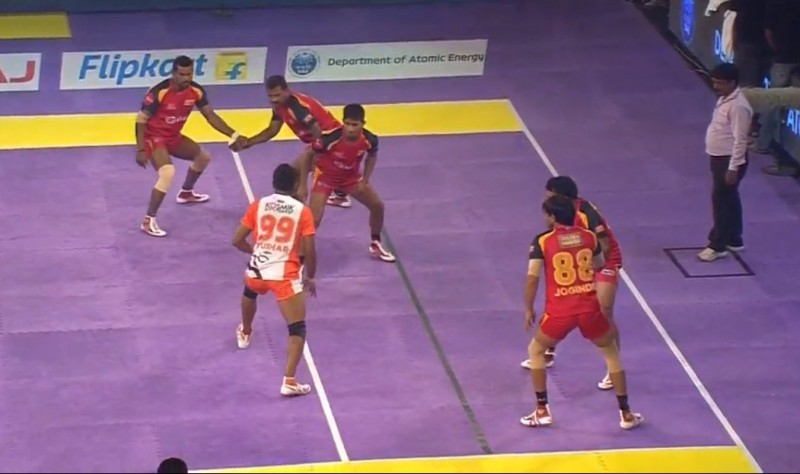 Star Sports Pro Kabaddi: Bengaluru Bulls maintain momentum with 31-26 win over Puneri Paltan