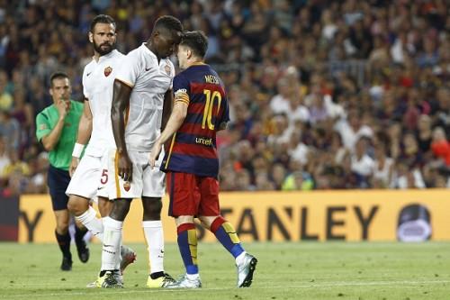 Lionel Messi headbutt Yanga Mbiwa Barcelona Roma friendly