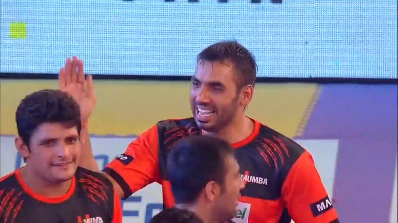 Pro Kabaddi: U Mumba make it 8 wins in a row by beating Dabang Delhi 29-25