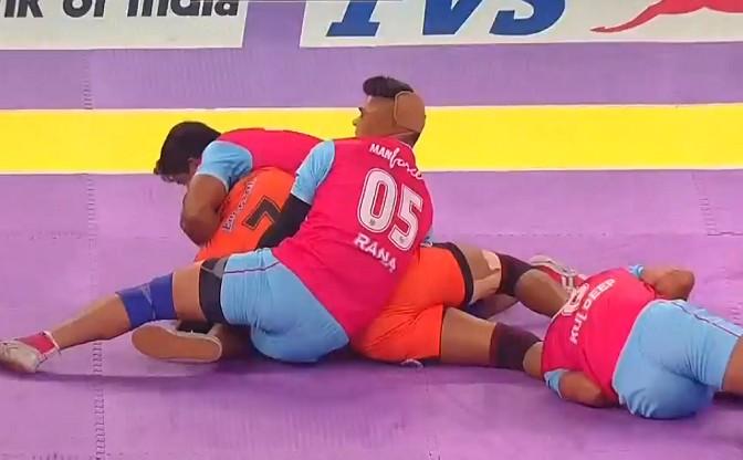 Jaipur Pink Panthers hand U Mumba their first defeat in Pro Kabaddi season 2