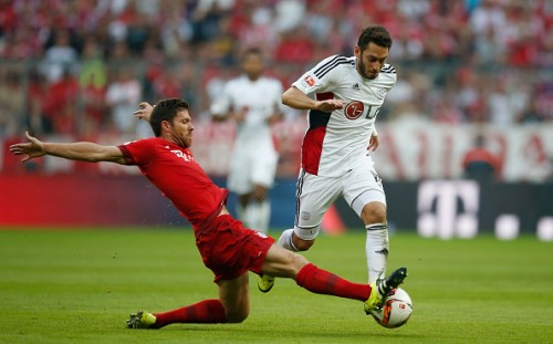 Xabi Alonso centre back Bayern Munich 3-0 Bayer Leverkusen