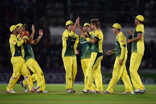 Australia beat England by 59 runs and lead the series 1-0