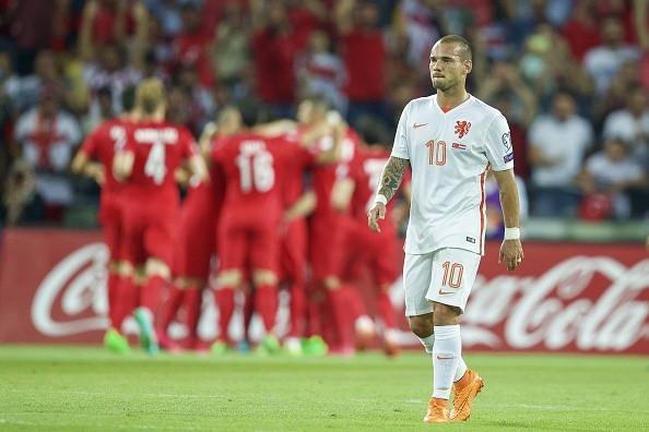 Euro 2016 qualifiers: Turkey stun Netherlands, Wales held by Israel