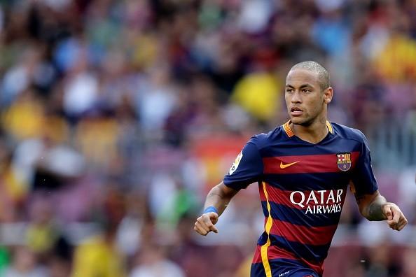 Dani Alves Reported To Be The Man Behind Neymars Bald Look