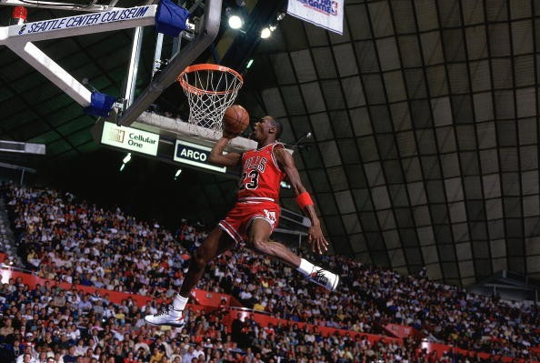 Michael Jordan during the 1987 NBA Slam Dunk Contest 497f6fdf25