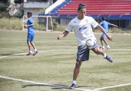Bengaluru FC's newest acquisition, defender Salam Ranjan Singh, in training at the Bangalore Football Stadium, in Bengaluru, on Friday.