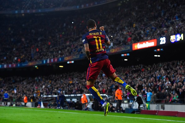 Neymar's 4 goals inspire Barcelona's 5-2 comeback win at the Nou Camp