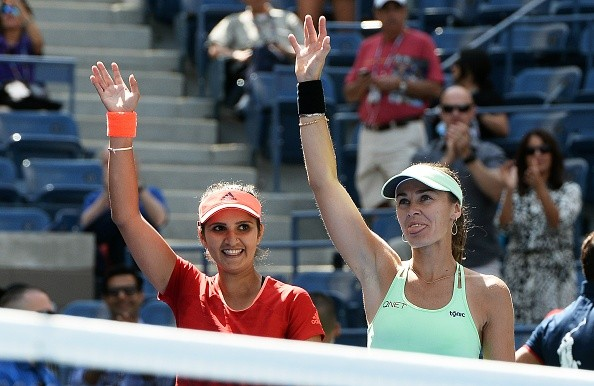 Sania Mirza and Martina Hingis win 2015 Wuhan Open