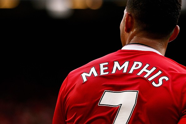 9df9f1911 David Beckham urges Depay to use No. 7 shirt as an inspiration