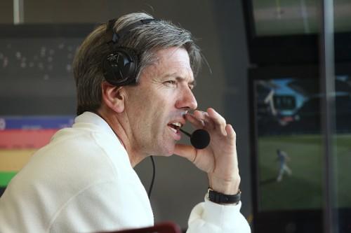Nigel Llong third umpire