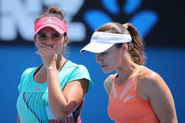 Sania Mirza/Martina Hingis continue dream run, through to Round 3 at Australian Open