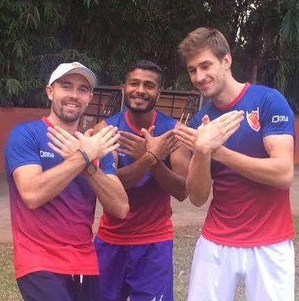 Florian Fuchs Matthew Swann Manpreet Dabang Mumbai Hockey India League HIL 2016