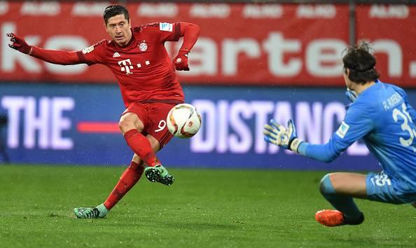 Robert Lewandowski's dream run continues as Bayern Munich