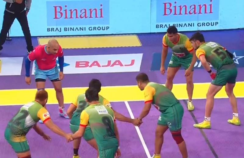 Patna Pirates 29-28 Jaipur Pink Panthers; Pardeep Narwal shines in Pirates' win