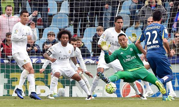 Real Madrid 7 3 Getafe 5 Talking Points: Real Madrid Rout Getafe 5-1 To Keep Pressure On Barcelona