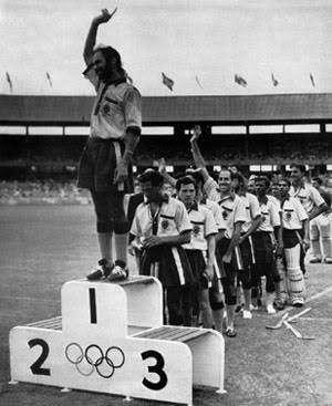 India hockey Melbourne Olympics 1956 Gold Medal Balbir Singh Sr