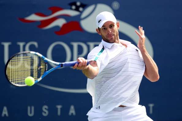 1c4ea4d009b VIDEO: When Andy Roddick played tennis with a frying pan as a racquet