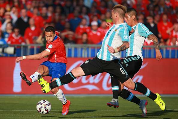 argentina vs chile player battle