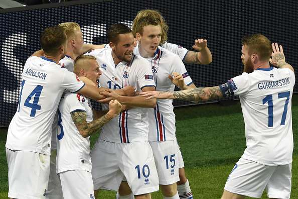 Euro 2016: Iceland hold Portugal to 1-1 draw thanks to Halldorsson's heroics