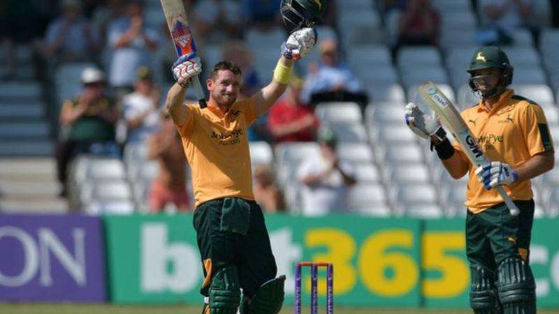 Riki Wessels and Michael Lumb