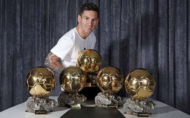 Messi Poses With All Five Of His Ballon DOr Awards Source Sport English