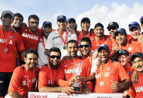 Indian Team with the Trophy in 2011