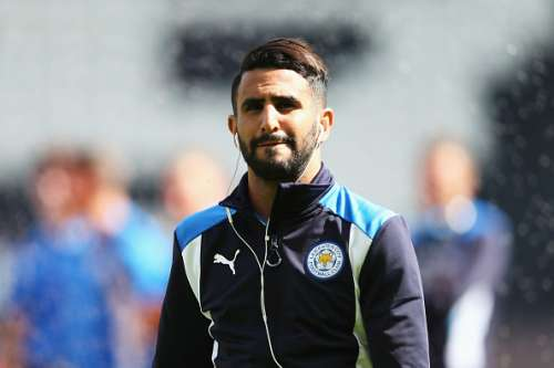 HULL, ENGLAND - AUGUST 13: Riyad Mahrez of Leicester City prior to kick off during the Premier League match between Hull City and Leicester City at KCOM Stadium on August 13, 2016 in Hull, England.  (Photo by Alex Morton/Getty Images)