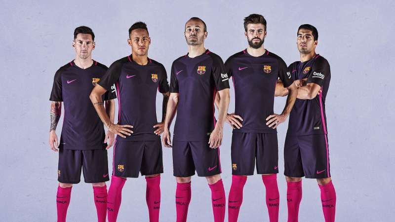 Where to buy Barcelona football jersey online in India (2016-17) 330f73455