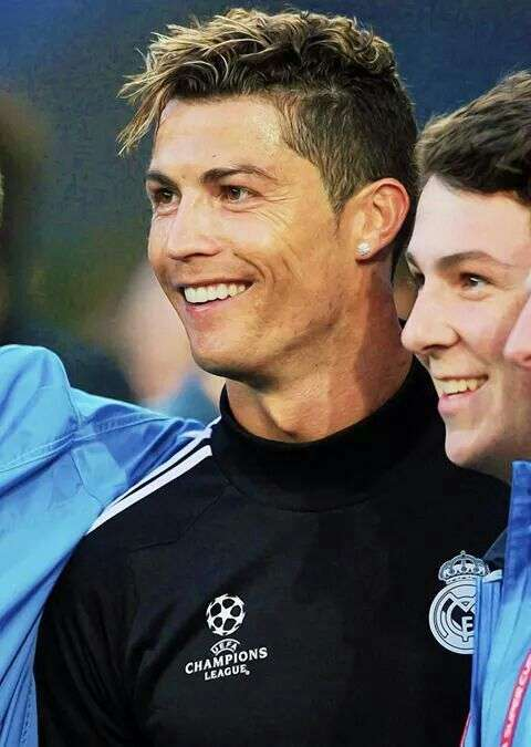 Page 8 Cristiano Ronaldo S Haircuts Over The Years With