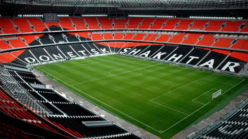30 most famous football stadiums