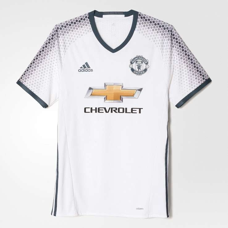 348f4f2c024 Where to buy Manchester United football jersey online in India (2016-17)