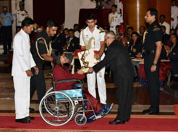 How a wheelchair-bound Vinesh Phogat overshadowed Sakshi