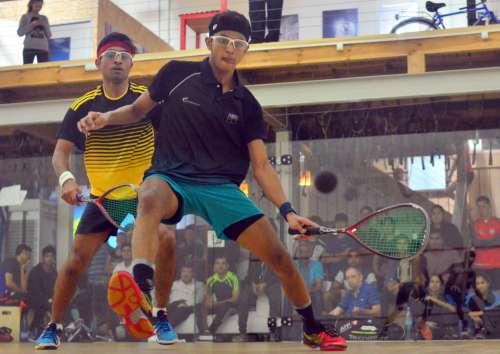 Velavan Senthilkumar (in front) in action at the World Junior Squash Championships. (Image courtesy: WSF WorldJuniors Twitter)