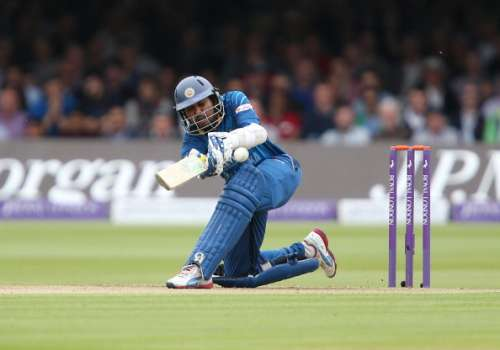 LONDON, ENGLAND - MAY 31:  Tillakaratne Dilshan plays a scoop shot off James Anderson of England during the 4th Royal London One Day International match between England and Sri Lanka at Lord's Cricket Ground on May 31, 2014 in London, England. (Photo by Jan Kruger/Getty Images)