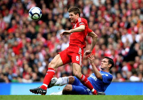 LIVERPOOL, ENGLAND - MAY 02:  Steven Gerrard of Liverpool is tackled by Frank Lampard of Chelsea during the Barclays Premier League match between Liverpool and Chelsea at Anfield on May 2, 2010 in Liverpool, England.  (Photo by Clive Brunskill/Getty Images)