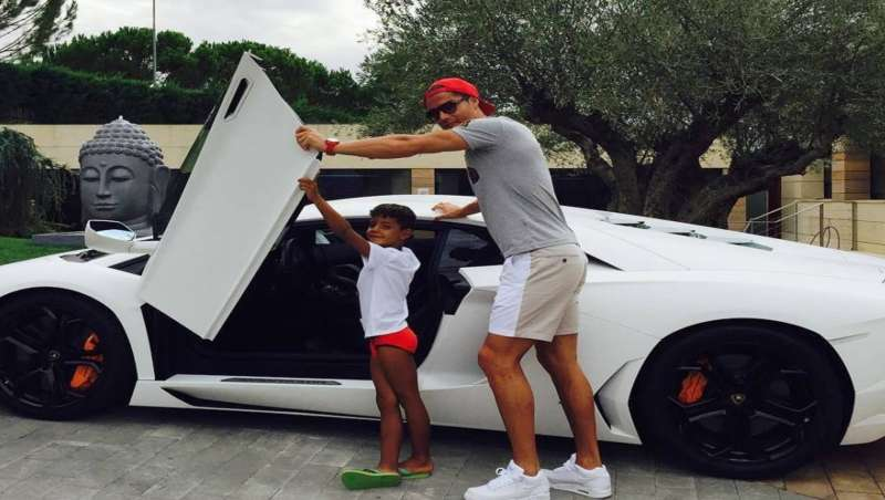 page 10 footballers cars the supercar collection of stars including cristiano ronaldo and. Black Bedroom Furniture Sets. Home Design Ideas