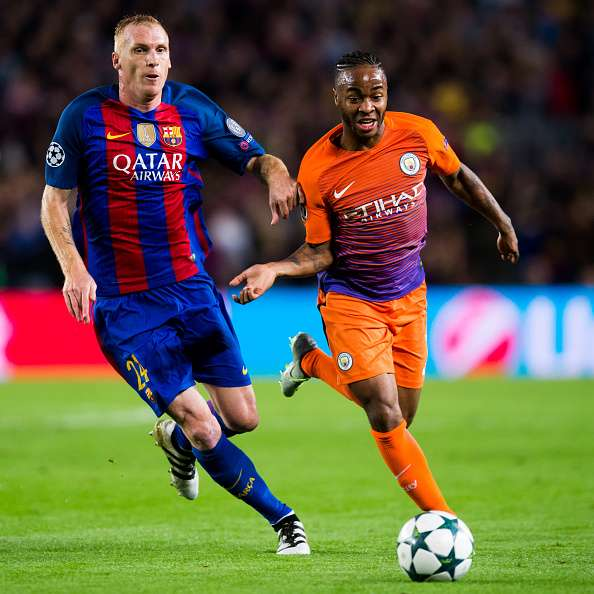 BARCELONA, SPAIN - OCTOBER 19:  Jeremy Mathieu (L) of FC Barcelona fights for the ball with Raheem Sterling (R) of Manchester City FC during the UEFA Champions League group C match between FC Barcelona and Manchester City FC at Camp Nou on October 19, 2016 in Barcelona, Spain.  (Photo by Alex Caparros/Getty Images)