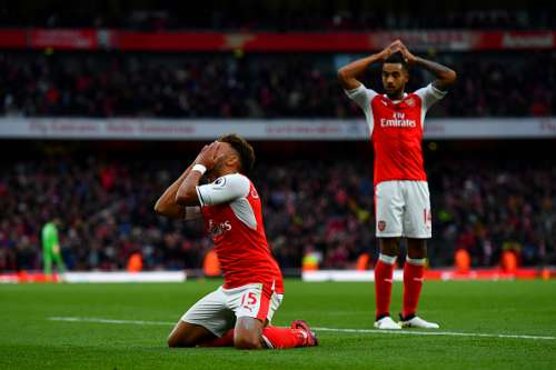 LONDON, ENGLAND - OCTOBER 22:  Alex Oxlade-Chamberlain of Arsenal reacts to having his goal disallowed during the Premier League match between Arsenal and Middlesbrough at Emirates Stadium on October 22, 2016 in London, England.  (Photo by Dan Mullan/Getty Images)