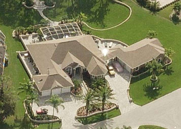 john cena house lowdown on the superstar 39 s mansion with photos. Black Bedroom Furniture Sets. Home Design Ideas