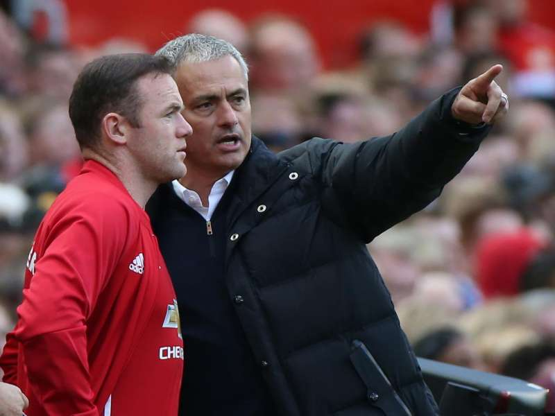 EPL 2016/17: Wayne Rooney confusion down to Jose Mourinho, says Ryan Giggs
