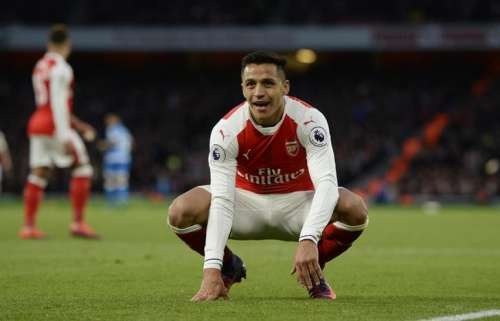 Britain Football Soccer - Arsenal v AFC Bournemouth - Premier League - Emirates Stadium - 27/11/16 Arsenal's Alexis Sanchez Action Images via Reuters / Tony O'Brien Livepic