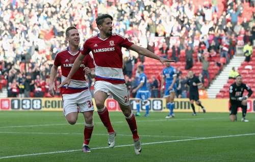 MIDDLESBROUGH, ENGLAND - OCTOBER 29:  Gaston Ramirez (R) of Middlesbrough celebrates scoring the opening goal with his team mate Adam Forshaw (L) during the Premier League match between Middlesbrough and AFC Bournemouth at the Riverside Stadium on October 29, 2016 in Middlesbrough, England.  (Photo by Nigel Roddis/Getty Images)