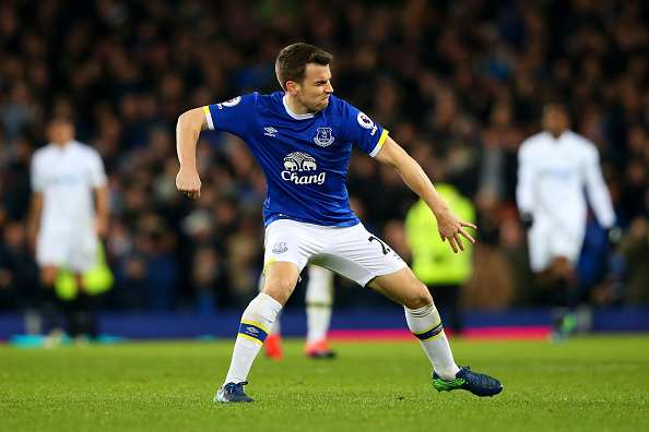 LIVERPOOL, ENGLAND - NOVEMBER 19:  Seamus Coleman of Everton celebrates scoring his sides first goal during the Premier League match between Everton and Swansea City at Goodison Park on November 19, 2016 in Liverpool, England.  (Photo by Alex Livesey/Getty Images)