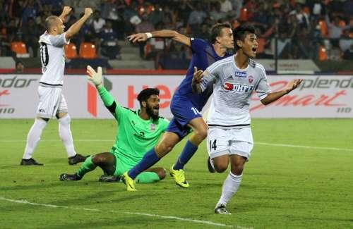 FC Pune City's Eugeneson Lyngdoh celebrates after scoring the winner against Mumbai City.jpg